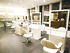 area PREMIUM QUOLITY SALON