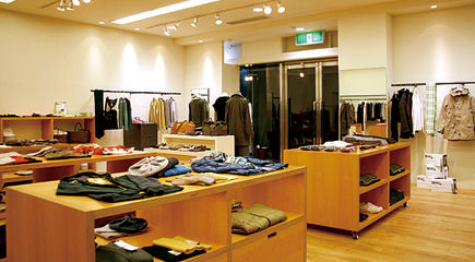 MARGARET HOWELL ANGLOBAL SHOP 松山店